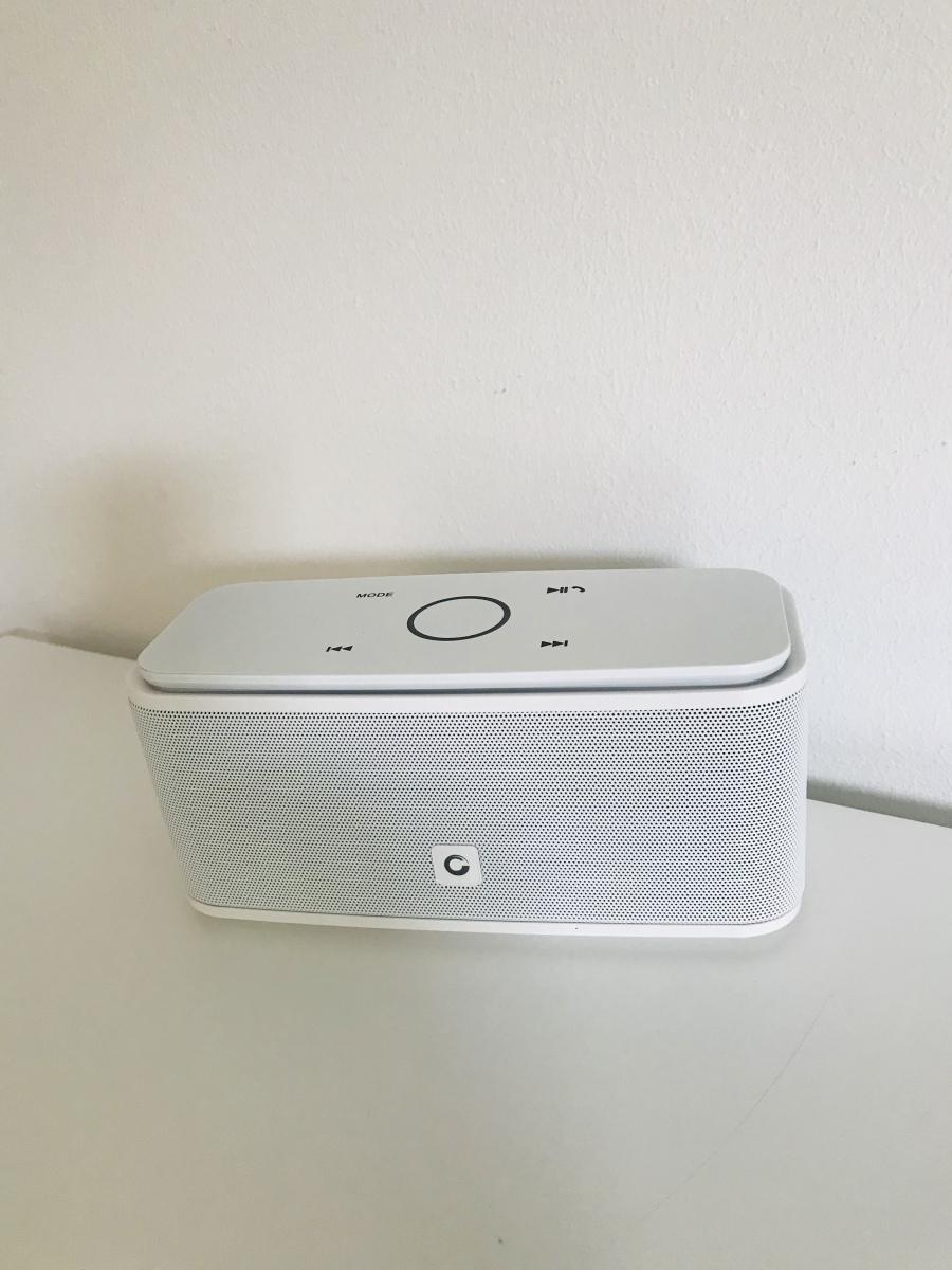 Der Bluetooth-Lautsprecher